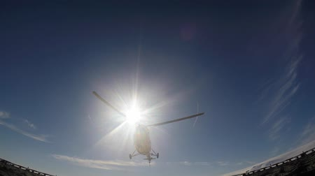 moscas : Helicopter landing on the deck Stock Footage