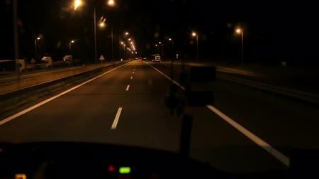 運輸 : Night riding on the bus on the highway