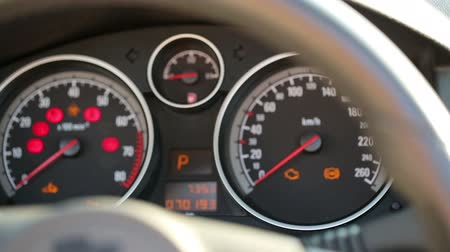 bordo : a sports car instrument panel, showing rpm and high speed acceleration