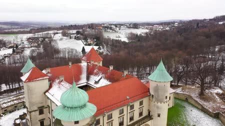 sníh : View from the height of the castle in Nowy Wisnicz in winter, Poland. Accelerated video Dostupné videozáznamy