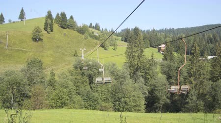 fülke : Old cable car in the mountains
