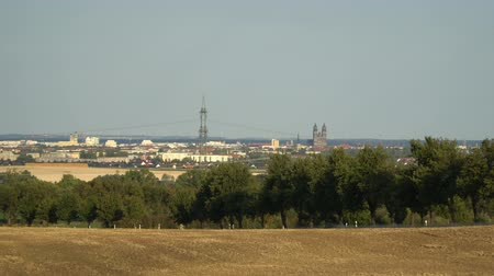 torre : Magdeburg, Germany - View of the two towers of Magdeburg Cathedral