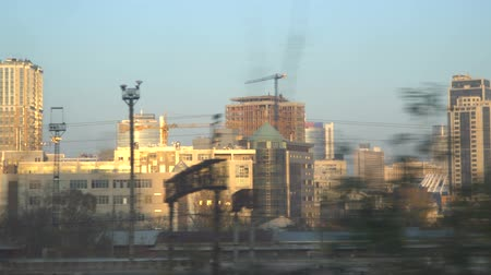 turisták : City building, urban background of Kyiv in motion. Ukraine Stock mozgókép
