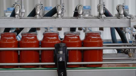 enlatamento : Automatic Line for Processing of Vegetables.Manufacturer Of Tomato Paste.Bottling Tomato Paste in Glass jars.