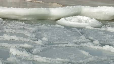 olvad : Melting Sea Ice