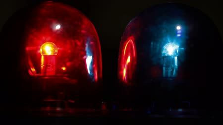 syrena : Red and blue emergency light flashing