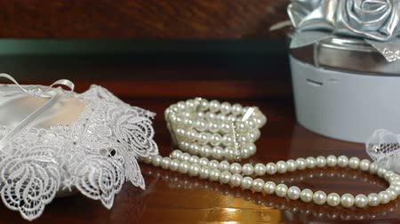 perły : DOLLY: Bridal Accessories
