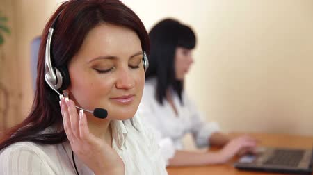 temsilci : Female customer service Stok Video