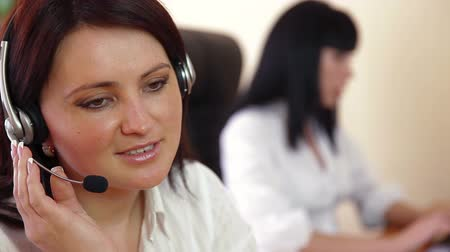 Female Customer Service Wideo