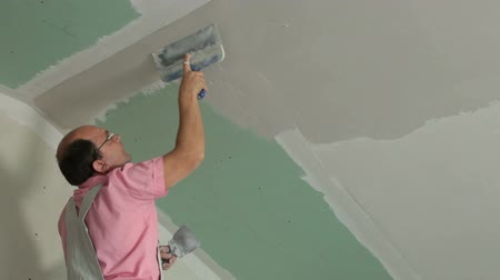ceilão : Plasterer At Work