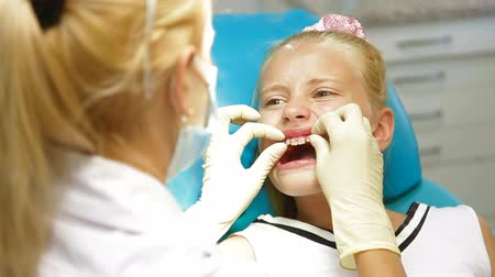 braces on teeth : Medical Treatment at the Orthodontist Office