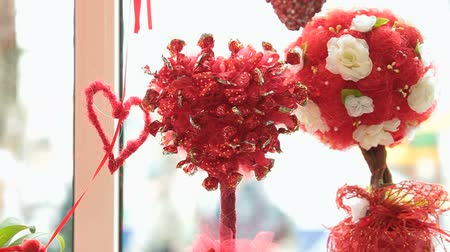 вкусности : Valentines Day Window Display Decoration Closeup