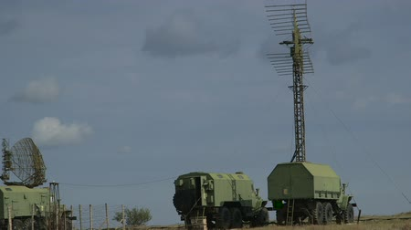 kaide : Mobile military air defence system sweeping the local airspace