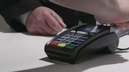 prepaid : Credit and debit cards payment processing