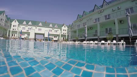 yüzme havuzu : Tourist hotel with swimming pool