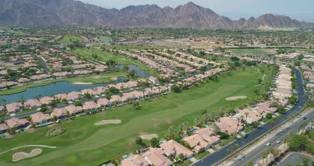 cursos : Aerial Drone View of La Quinta, California