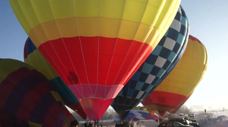 léggömb : Image of colorful hot air balloons Stock mozgókép