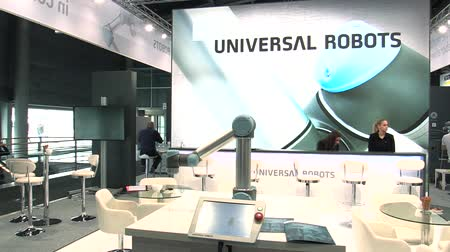 automatický : PRAGUE, CZECH REPUBLIC, OCTOBER 1, 2017: A universal technological automated robot for home and industrial innovative work. Very unique scientific technique, exhibition and fair