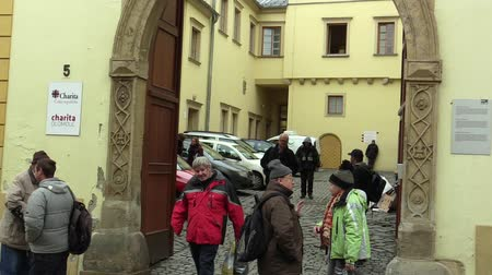 prestados : OLOMOUC, CZECH REPUBLIC, JANUARY 3, 2018: The homeless charity center for the socially weak, the possibility of asylum to sleep overnight and the provided food and clothes Stock Footage