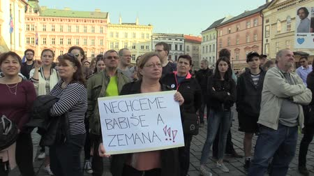 incapacidade : OLOMOUC, CZECH REPUBLIC, APRIL 9, 2018: Demonstration of people crowd against the Prime Minister Andrej Babis and president Milos Zeman, a banner with we do not want Babis and Zeman