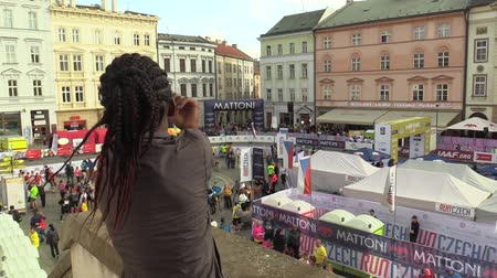 sendika : OLOMOUC, CZECH REPUBLIC, JUNE 23 , 2018: Elite runner woman Brendah Kamonya Kebeya from Kenya is rehearsing exercise before the half marathon race in Olomouc. Professional action sports events Stok Video