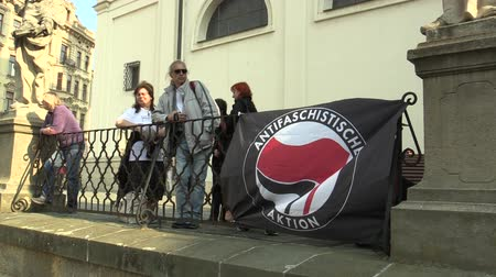 direkt : BRNO, CZECH REPUBLIC, MAY 1, 2019: Antifaschistische Aktion Flag of Antifa Antifascists at the event against the National Social Front and the Workers Party of Social Justice Czech Republic