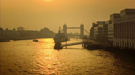 belfast : Panoramic cityscape of London with Tower Bridge in the morning sunshine