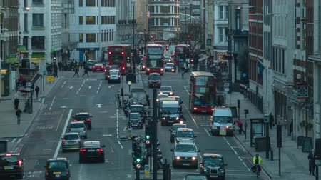londra : Traffic in the evening London