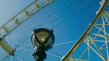 londra : London Eye close up Stok Video