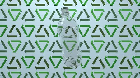 cabeçalho : 3D animation of a plastic bottle rotating on recycle signs background. Seamless 3D animation loop rendering. Ecology and environment background, motion design for poster, branding, banner, header. Vídeos