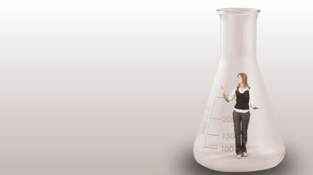 csapdába : Concept animation of a Businesswoman stuck in a bottle