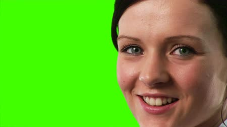vysoký : Green Screen Footage of a Businesswoman smiling at the camera