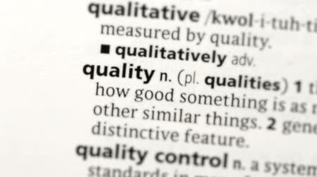 qualidade : Focus on quality in the dictionary