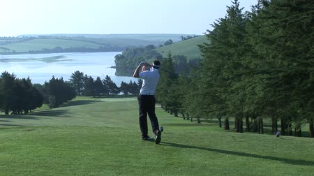golfe : High Defintion Stock Footage of Man Playing Golf