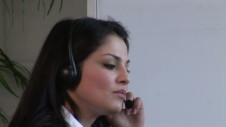 titkár : Stock Video Footage of a Businesswoman on Headset