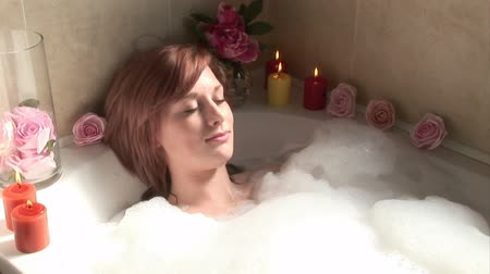 sen : Stock Video Footage of a woman Relaxing in the bath Wideo