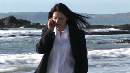 bizneswoman : Stock Video Footage of a Business Woman working outdoors Wideo