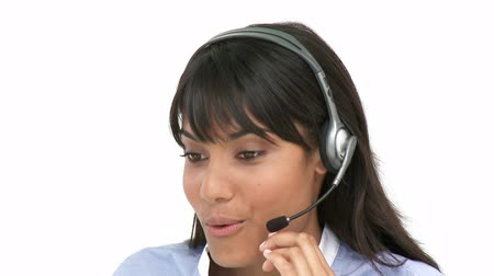 fejhallgató : Smiling business woman using headset against a white background