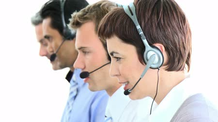 temsilci : International customer service representative in a callcenter