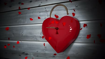 cupido : Digital animation of Key opening a heart lock with valentines message Vídeos