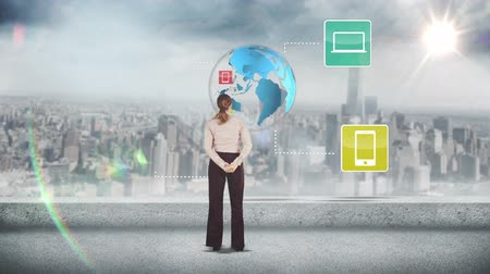 analiza : Digital animation of Businesswoman looking at digital brainstorm Wideo