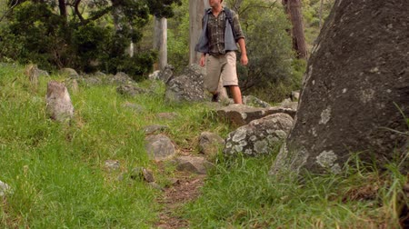 highspeed : Man on a hike in the countryside in slow motion