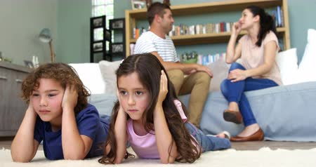 bastante : Parents have a quarrel and children are listening Stock Footage