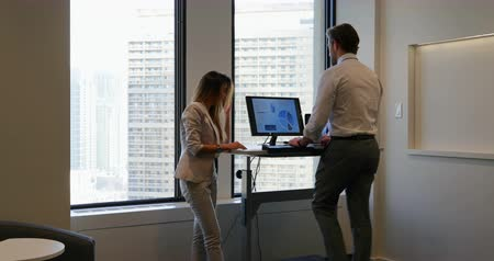 身なり : Business people interacting with each other in office. Businessman exercising on treadmill 4k