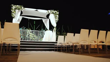 weddings : Jewish traditions wedding ceremony. Wedding canopy (chuppah or huppah).  A Jewish wedding takes place under a huppah, which symbolizes the new Jewish home being created by the marriage.