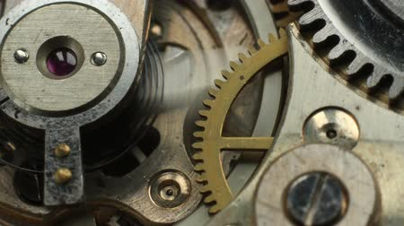 ruch : Old mechanical watch mechanism macro time lapse.