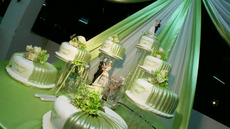 flan : Wedding Cake with nice decoration