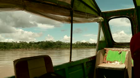 temprature : Shipping On Amazon River With Speed Boat, Southamerica. Peru