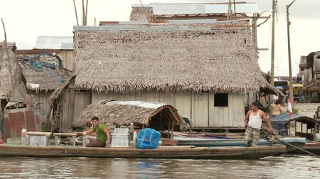 пожертвование : Slum City Of Belen, Iquitos at the Amazon River in Peru, South America