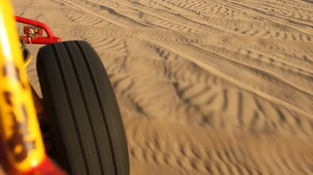 дюна : video footage of a buggy trip in the sand desert in peru, south america
